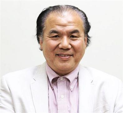 Higashi Headshot