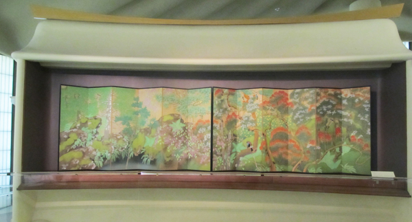 "Imanaka Soyu (1886 – 1959) ""Birds and Flowers"" (Taisho period, 1912-1926), pair of six-panel screens."
