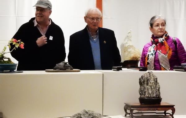 カリフォルニア愛石会によるハンディングトン・ライブラリーでの水石展 (Cultural News Photo)