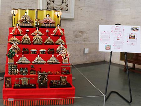 デトロイト美術館でおこなわれるひな祭り (写真提供は Japan Culture Development)