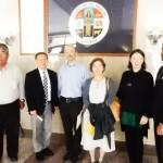 4月12日にロサンゼルス・カウンティー議会で、証言した(左から)堀尾誠治さん、Dr. Takeshi Matsumoto, Mr.Raymondao Hamaguchi, 池田啓子先生、Ms. Adelle Lutz, Mr. Sean Fleming, Jr (Cultural News Photo)