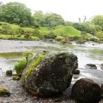 地震のため池が干上がってしまった熊本・水前寺の成趣園(2016年5月3日、Cultural News Photo)
