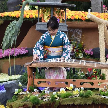 20191007 Koto Kujiraoka Rose Parade 2019 Jan Float Icon